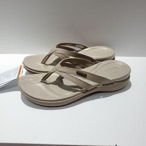 Nwt Crocs Capri Basic Strappy Flip  Sz 6